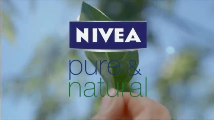 NIVEA Pure and Natural Standbild